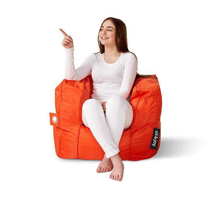 Poco Oranje model
